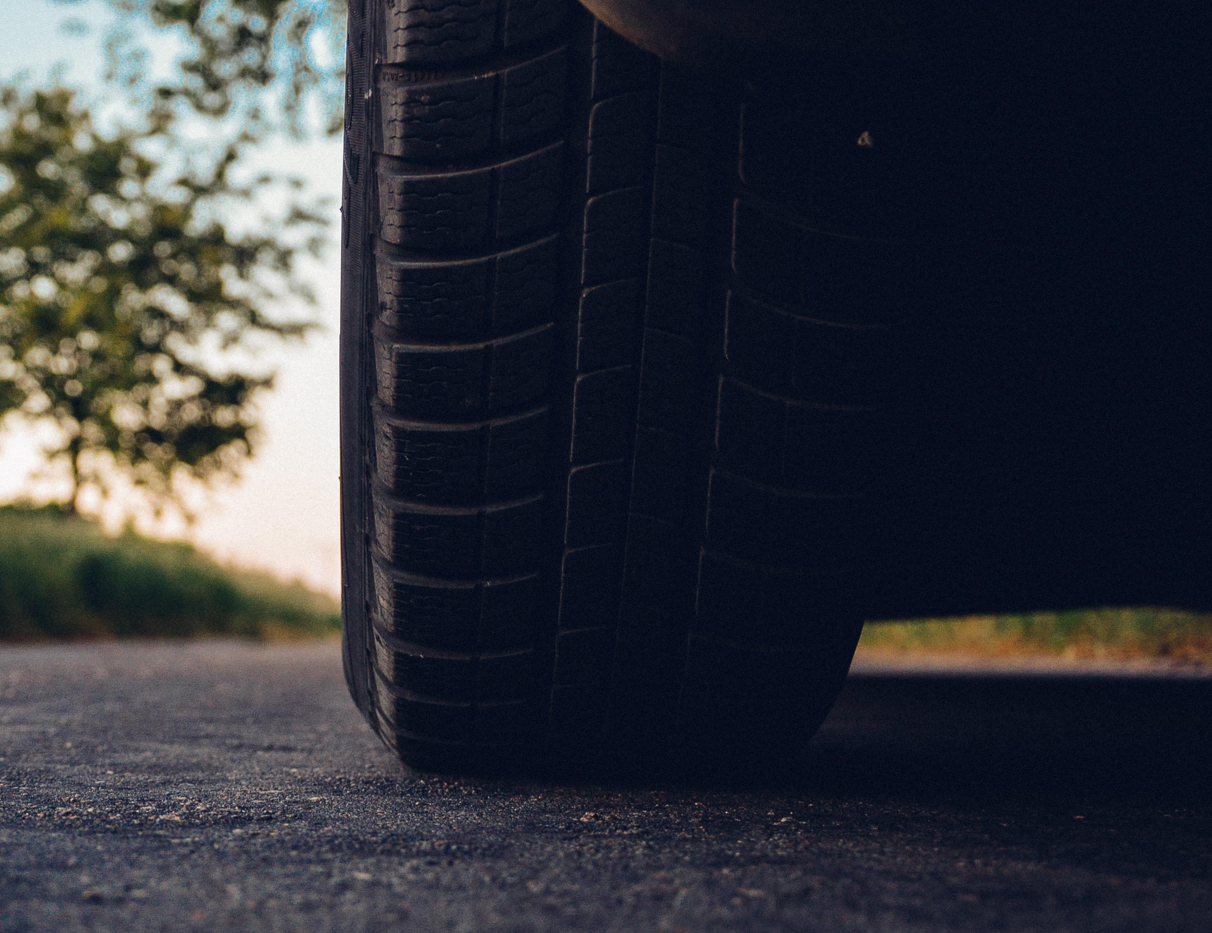 road-car-tire.jpg