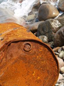 rusty-oil-barrel_G1ACTyD_-1.jpg